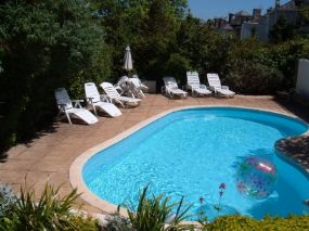 Dog Friendly Holiday Apartments Torquay Barramore Devon - Pet Friendly Holiday Finder